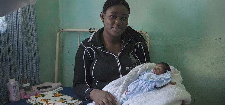Gesund geboren im kongolesischen Busch